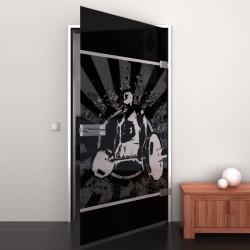 Lacobel-Glass door Bodybuilder