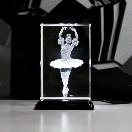 Balletttänzerin  60x60x90